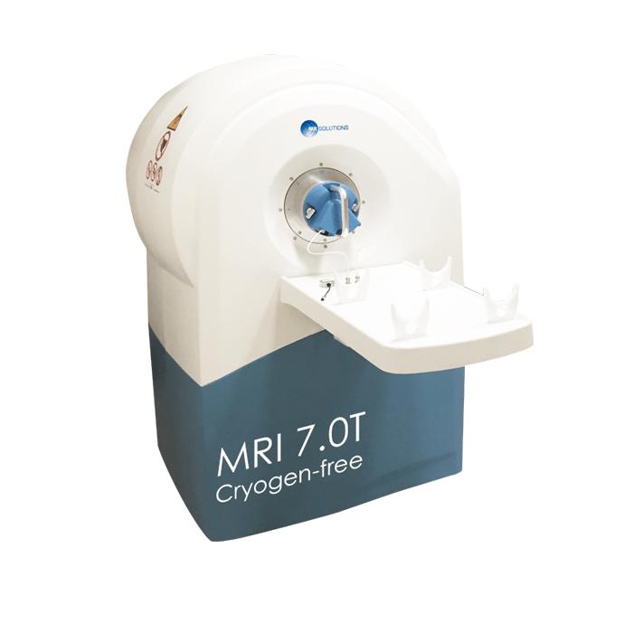 7.0T MRI